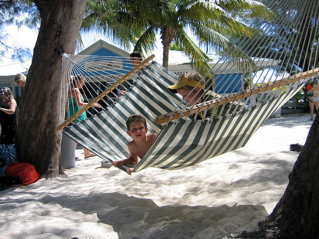 Fun Things to Do with Kids in the Cayman Islands