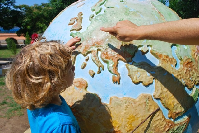 Difficulties of Traveling With Children and How To Overcome Them