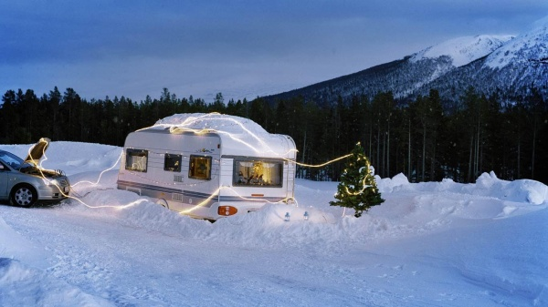 Family caravanning at Christmas