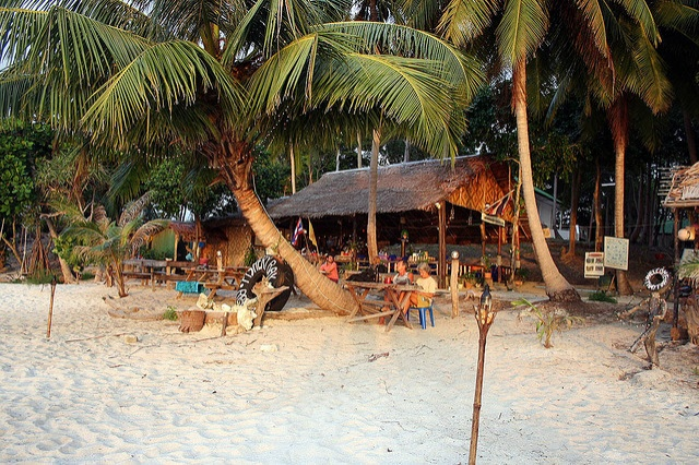 Sunset beach bar, Koh Lipe