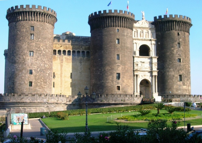 Visit The Castle Nuovo - Naples, Itlay
