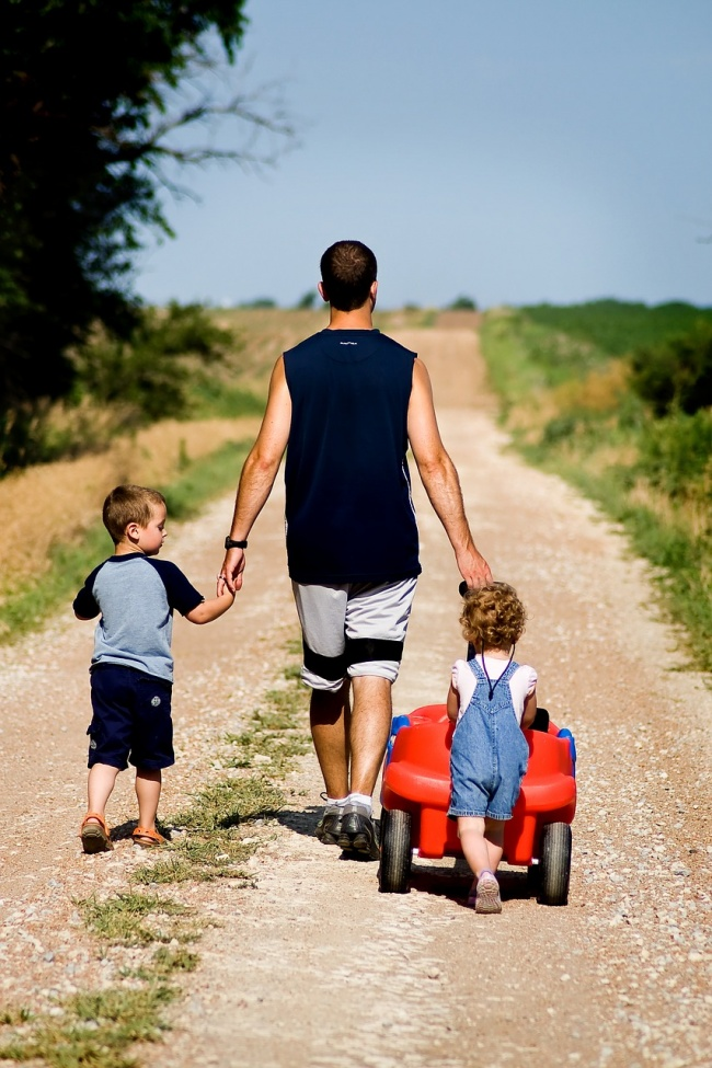 Tips for travelling with toddlers