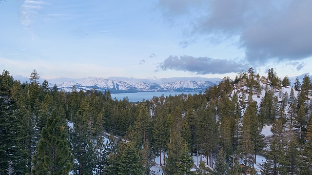Visit Lake Tahoe with children