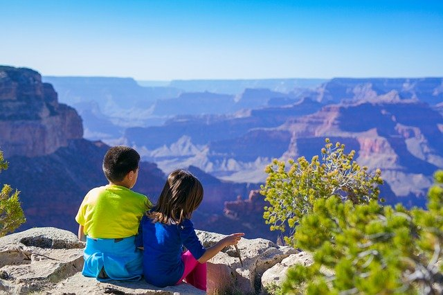 Tips For Traveling With Your Kids